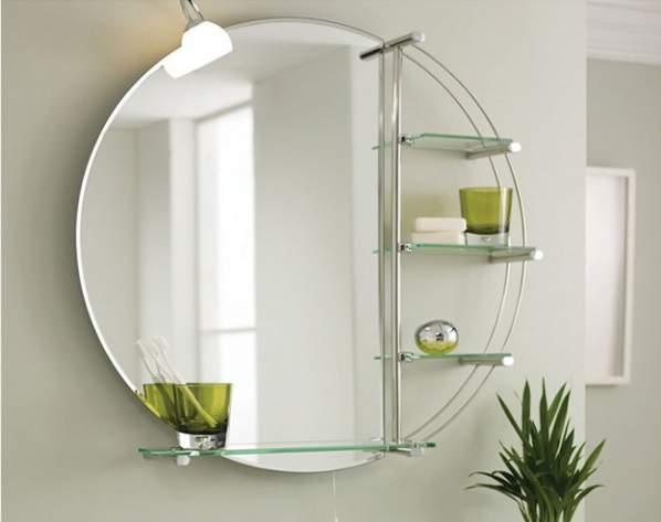 5 astuces simples pour nettoyer un miroir sans laisser de traces truc et astuce. Black Bedroom Furniture Sets. Home Design Ideas