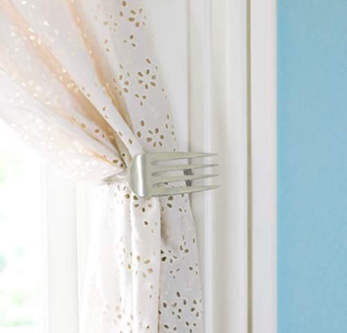 Fourchette crochet pour rideau
